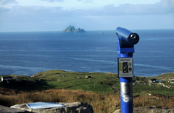 photo by Eoin Mac Lochlainn of Skellig telescope, Kerry